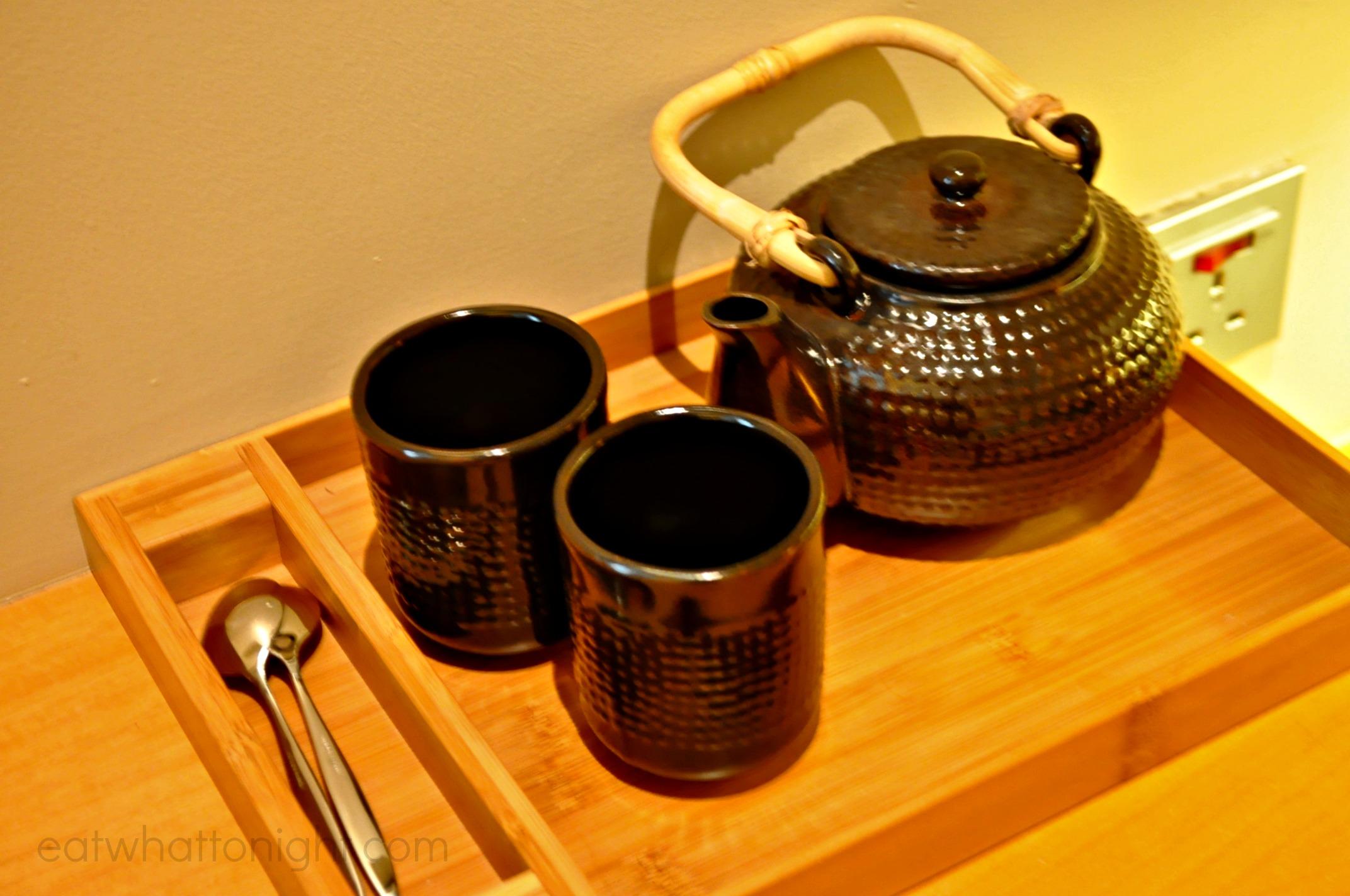 Room_Teapot