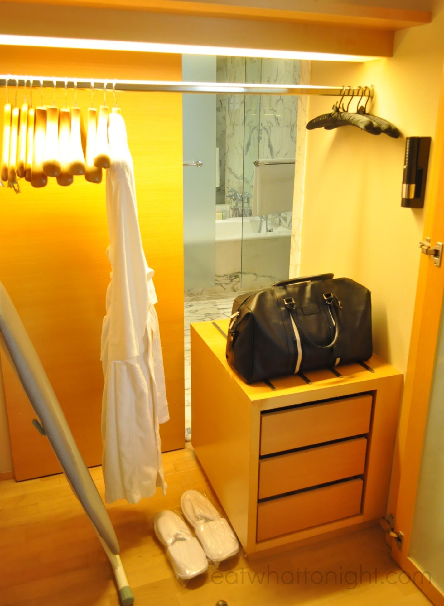 Room_Wardrobe