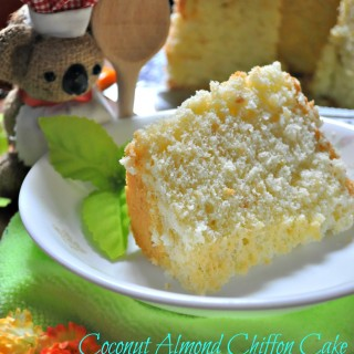 [Recipe] Coconut & Almond Chiffon Cake 椰香杏仁戚风蛋糕