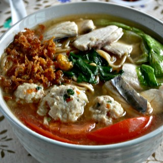 Fish Soup Yee Mee Soup2_WO Logo