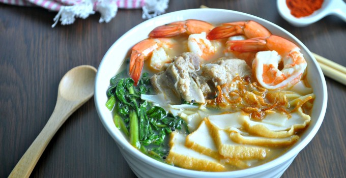 Singapore Prawn Noodle Soup 新加坡式虾面汤