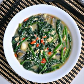 Tri Eggs Spinach in Superior Broth 三蛋菠菜上汤