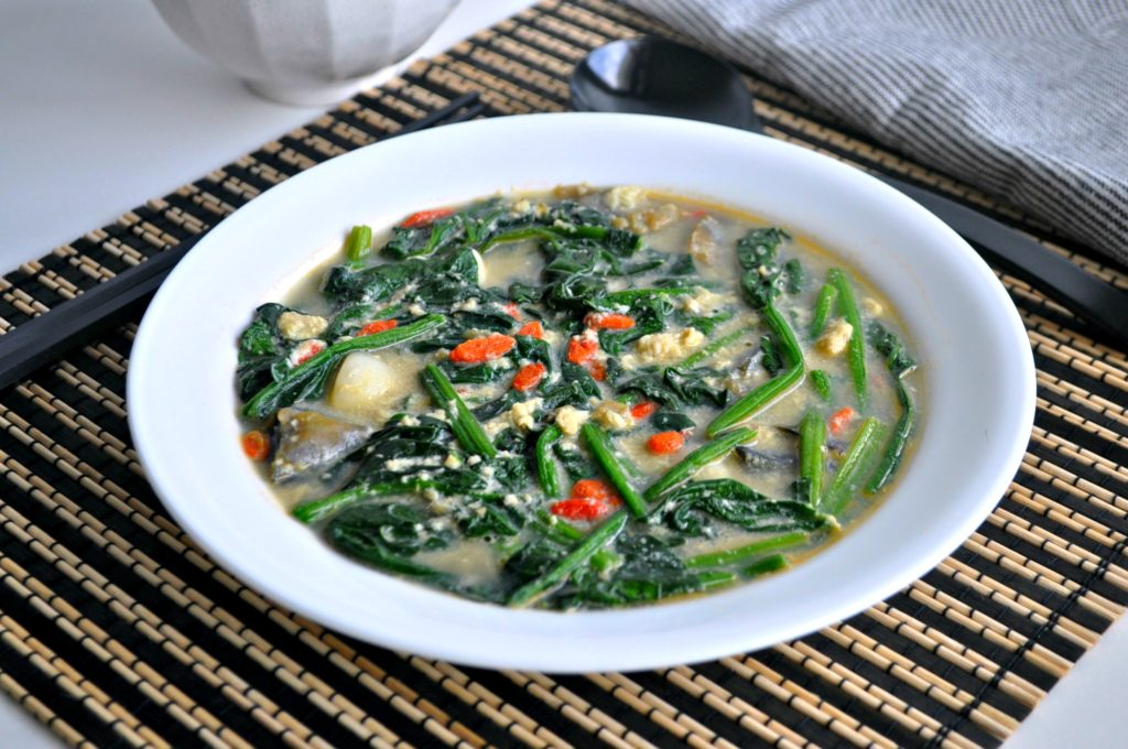 Tri Eggs Spinach in Superior Broth5
