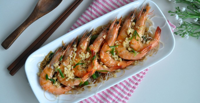 Steamed Prawns with Shaoxing Wine 花彫酒蒸虾