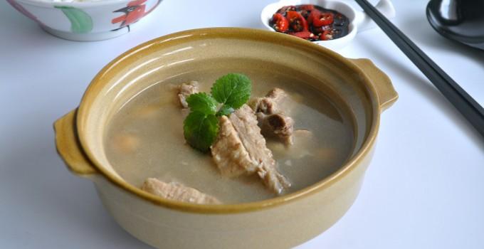 Singapore Style Claypot Bak Ku Teh 新加坡式砂锅肉骨茶