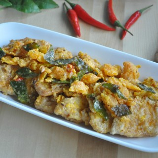 Crispy Salted Egg Yolk Pumpkin 咸蛋脆金瓜