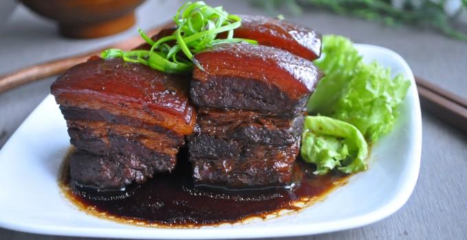 Braised Pork Belly 红烧三层肉