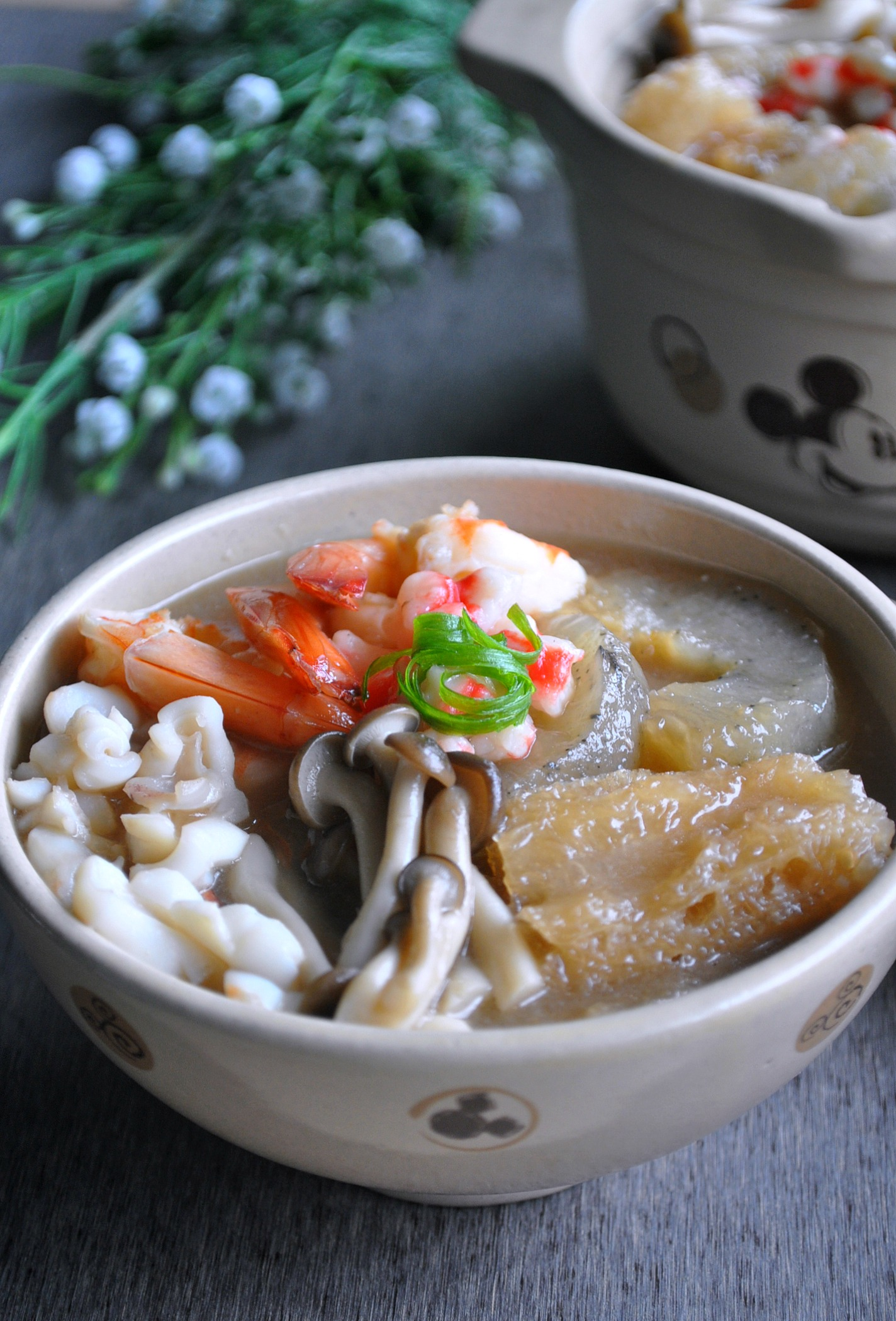 Fish maw sea cucumber seafood broth eat what for Fish broth soup