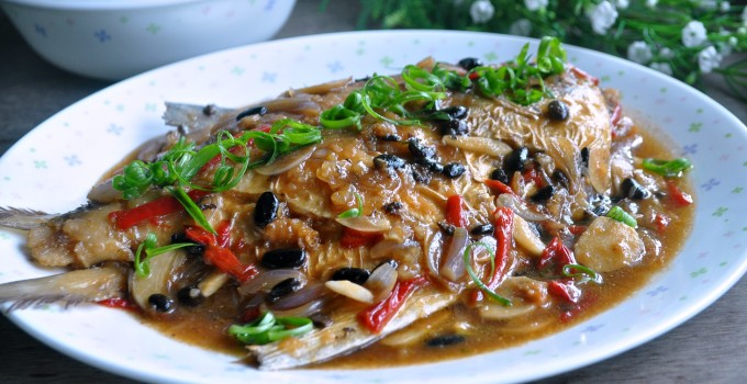 Village Style Braised Fish with Fermented Black Beans 乡村黑豆豉焖鱼