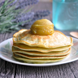 Pandan Pancakes with Corningware Retroflam 班兰松饼