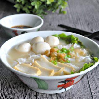 Fishball Kway Teow Soup 鱼圆粿条汤