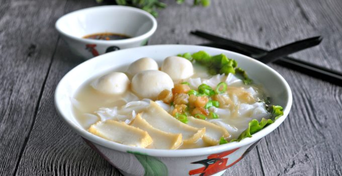 Fishball Kway Teow Soup 鱼圆粿条汤